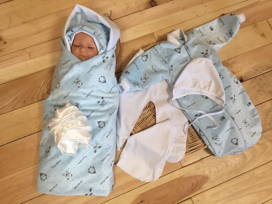 Комплект одежды для новорожденного на выписку лето